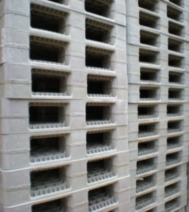 These Are A Great Pallet Used Within Warehouses Or When Transporting Goods They Have Bottom So Can Be Stacked One On Top Of Another